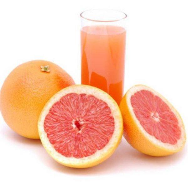 Сок грейпфрута мы выжимаем 3\4 всего объема стакана